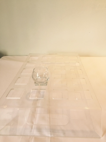 perspex-clear-square-hole-carat