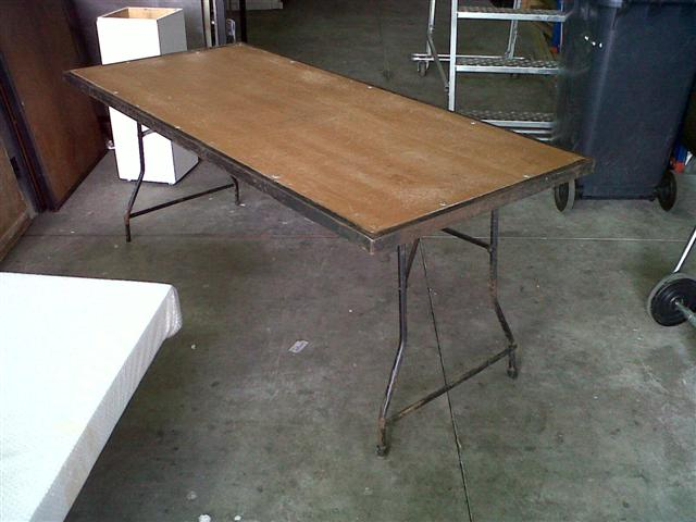 steel-table-18-x-800-x-750-high-folding-legs