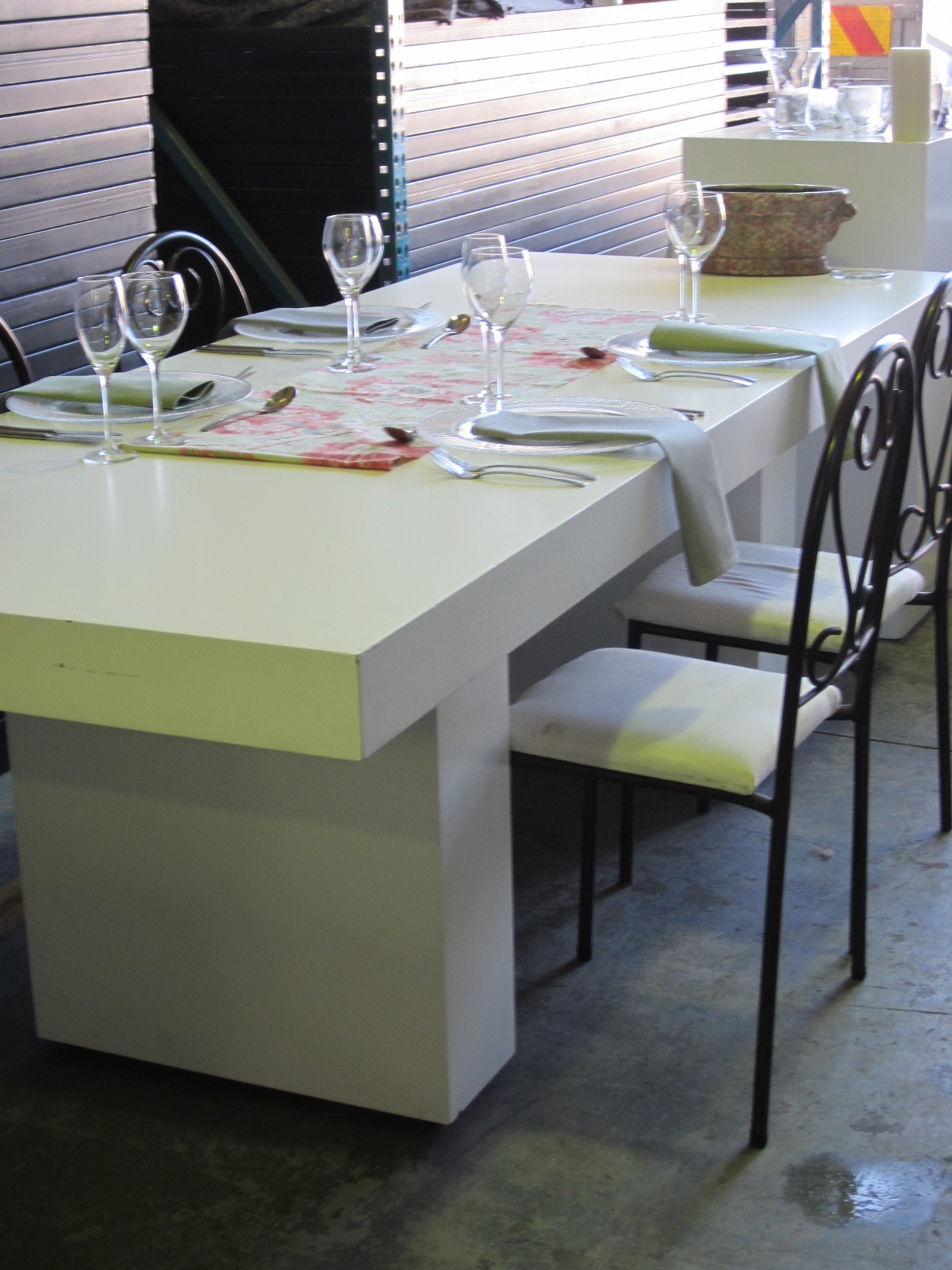 plinth-table-12-x-600