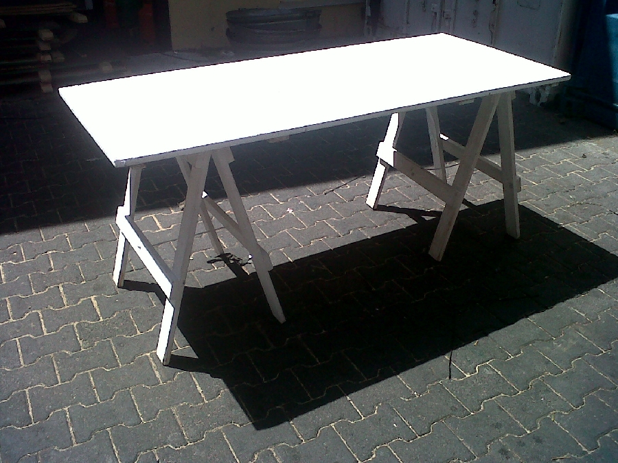 18-m-x-800-x-750-high-white-washed-table-68-pax